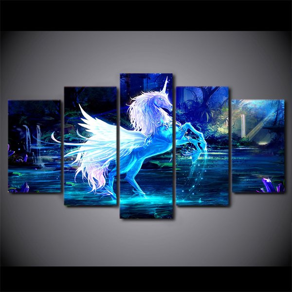 5 Pieces/Set Modern Canvas Painting Figure Painting 3D White Horse Artworks Home Decor Picture Poster Prints