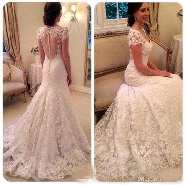 Short Cap Sleeves Vintage Lace Wedding Dresses V Neck Fit to Flare Bridal Dresses with Buttons Illusion Back Wedding Gowns