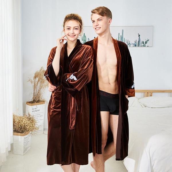 Acheter Automne Hommes Femmes De Luxe Hiver Peignoir Mens Chaud Flanelle Long Kimono Bath Robe Peignoir Mâle Peignoirs Amoureux Douce Nuit Robe De