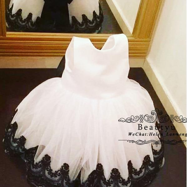 2019 Ballkleid Blumenmädchen Kleider Schwarz und Weiß Vintage Spitze Tüll Puffy Bodenlangen Mädchen Festzug Kleid Geburtstagsparty Kommunion Kleider