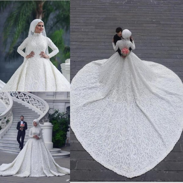 2018 Romantic Long Sleeves Muslim Wedding Dresses High Neck Appliques Lace White Bridal Gown Custom Made For Middle East Arabic Bridal Gowns