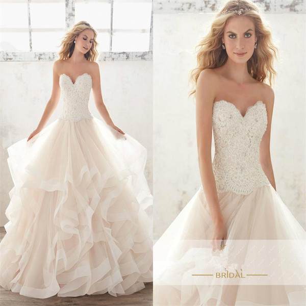 Wedding Dresses Sweetheart Tiered Skirts Wave Details Applique Lace Beaded Sequins Plus Size Court Train Bridal Pageant Ball Gowns