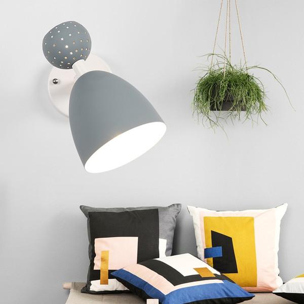 Lampade Da Tavolo Moderne Colorate.Acquista Lampade Da Parete Colorate Da Interno A Led Nordic Lampade Da Tavolo Moderne Vanity Stair Illuminazione In Legno Lampade Da Parete A