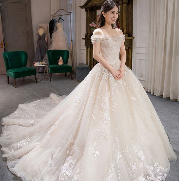 Customized Collection Embroidery Summer Lace Wedding Dress Bateau Tulle Princess Wedding Ball Gown Dress Floor-Length Flower Dress W05B