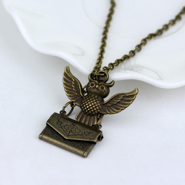 6Pcs 2019 New Vintage Bronze Harry Owl Pendant Post Envelop Jewelry For Friendship Gift Necklace In Stock