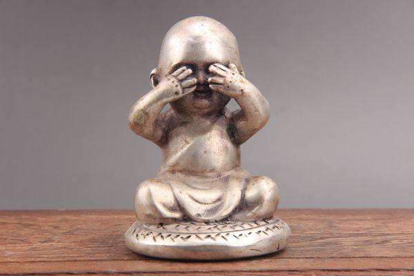 Exquisite china hand carving Cupronickel buddha statue