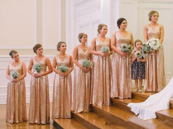 2019 Cheap Rose Gold Sequins Bridesmaid Dresses V Neck Sleeveless Sequined Bling For Wedding Long A Line Plus Size Maid of Honor Gowns