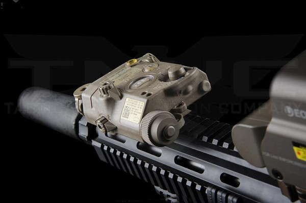 LA-5C PEQ UHP 15 Verde IR Lámpara láser Softair linterna para la caza IPSC táctico Armamento Airsoft armas Rifle Lights