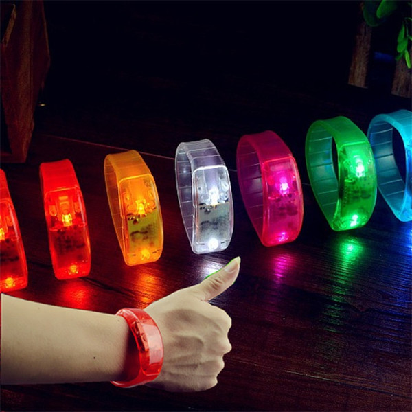 top popular Sound Control Led Flashing Bracelet Light Up Music Activated Bangle Luminous Wristband For Party Night Club Bar Disco Cheer 3 2gl Z 2021