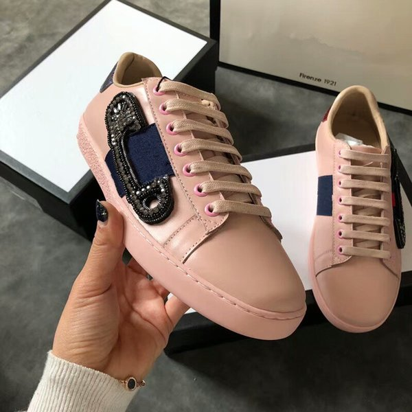 Bee Designer Shoes Top Quality White ACE Embroidered Mens & Women Genuine Leather Designer Sneakers Casual Shoes gc18062254