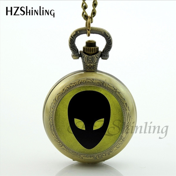 New Design UFO Alien Pocket Watch Glass Dome Outer Space Pocket Watch Necklace Pendant Silver Science Accessories Collection
