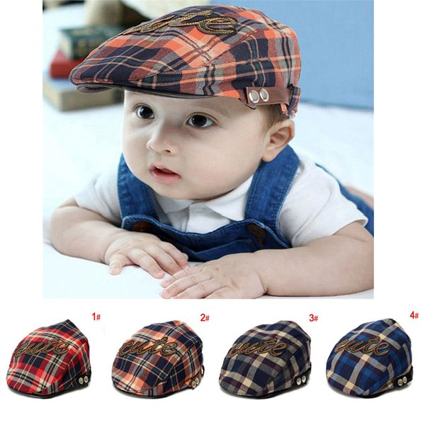 Cool Kids toddler letter CUTE printing cap new boys hat classic plaid hat check beret sun flat child caps England plaid beret