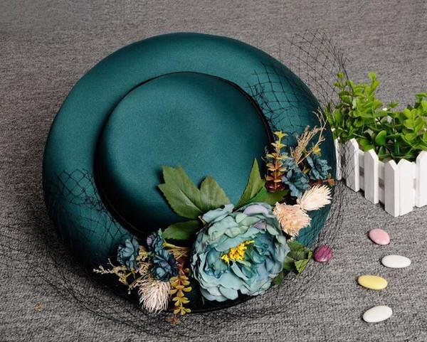 2018 Nueva llegada Hunter Ladies Church sombreros con flores coloridas hechas a mano con encanto nupcial boda sombreros Kentucky Derby sombreros