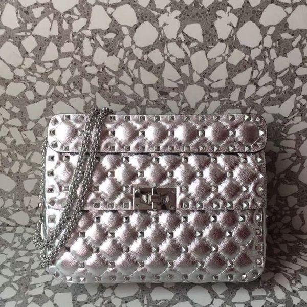 2018 new soft lamb skin rivets women handbag original quality famous designer garavani Rock Studs spike lady fashion chain shoulder bag 23cm