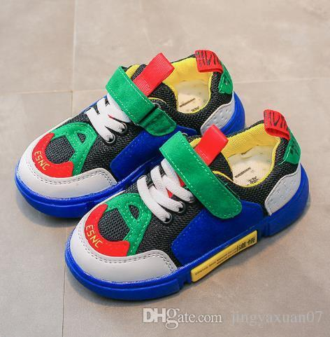 Best selling new 2018 new spring boys running shoes magic stickers girls' casual shoes.