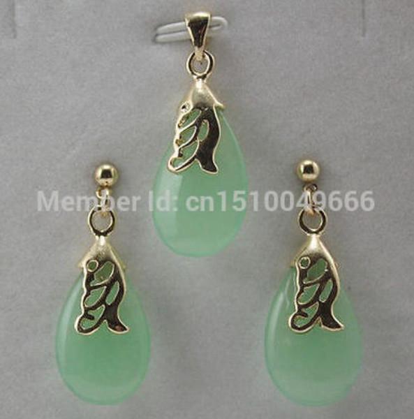 Heißer Verkauf FREIES SHIPset hellgrüner STEIN hängender Halsketten-Ohrringschmucksachen