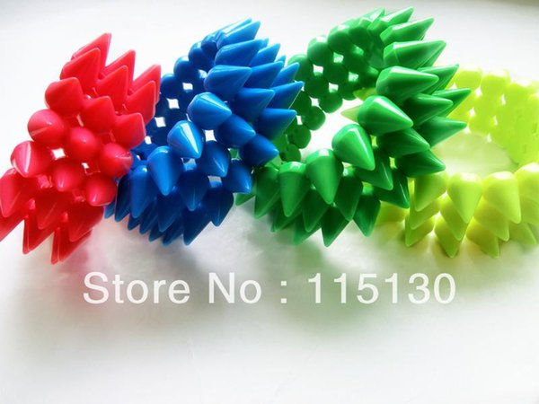 Atacado-Nova Chegada 3 Linhas Stretchy Pulseira Pock Punk Spike Rebites Pulseiras Bangles Stud Charm Bracelets Para Mulheres Acessórios de Moda