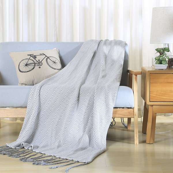 Blankets on the bed A Blanket Knitting Cotton Throws Sofa picnic Travel Plaids Hot bedspread double adults towelling gray