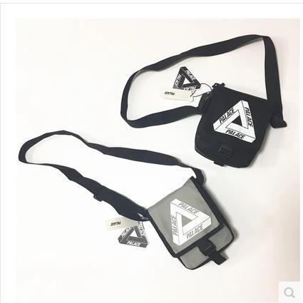 Saray Çantaları üçgen grafiti siyah ve beyaz kapalı kadın erkek öğrenci postacı messenger omuz çantası