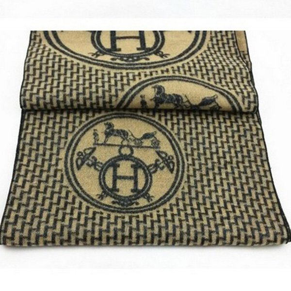 Thick knit carriage and letter H pattern scarf shawl blanket New high quality Luxury Signage H Christmas gift