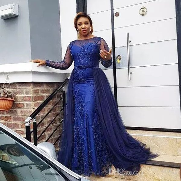 Royal Blue 2019 Sheer Jewel Neck Evening Dresses With Long Sleeve Lace Appliques Detachable Train Beads Formal Gown Sweep Train