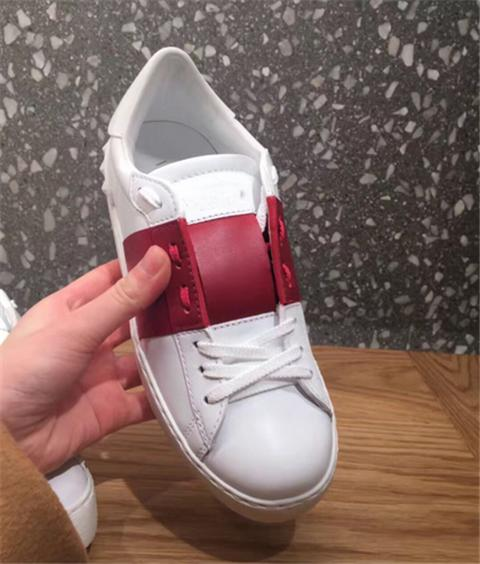 2018 Fashion Women Mens Designer Shoes Sneakers Luxury Designer Brand Leather Patchwork Trendy Dress Casual Shoe Sneakers
