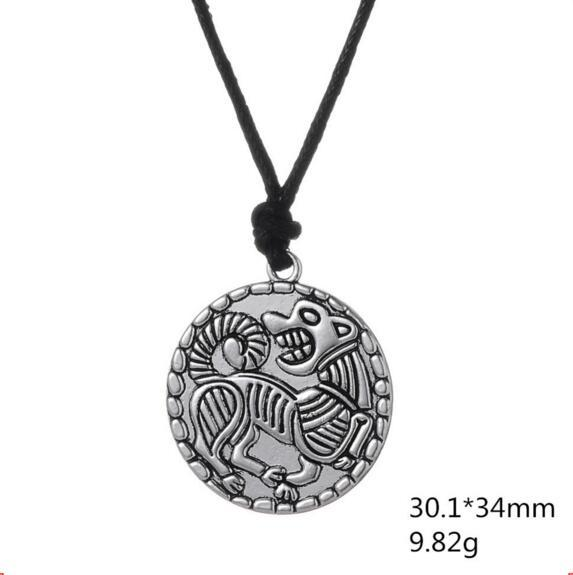 Vintage Pendant Necklace Dog Pattern Amulet Special Design Viking Jewelry Rope Chain Personality Zinc Alloy Provide Dropshipping