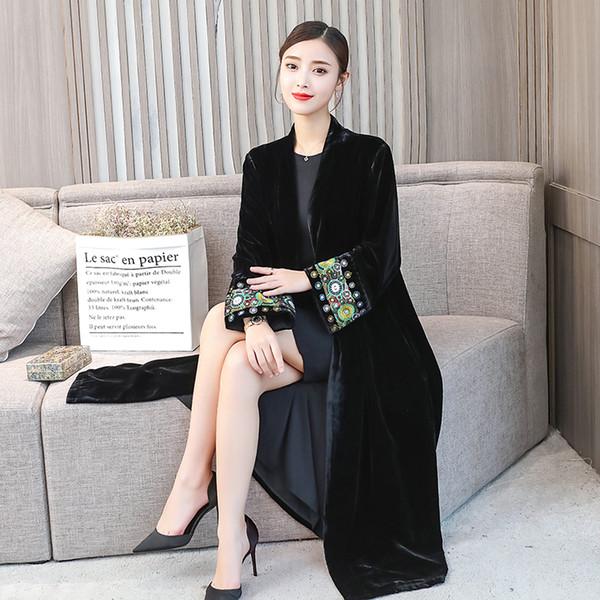 Edad media moda otoño invierno abrigo chaqueta 2018 elegante temperamento seda terciopelo bordado cardigan estilo étnico largo tamaño gabardina fem