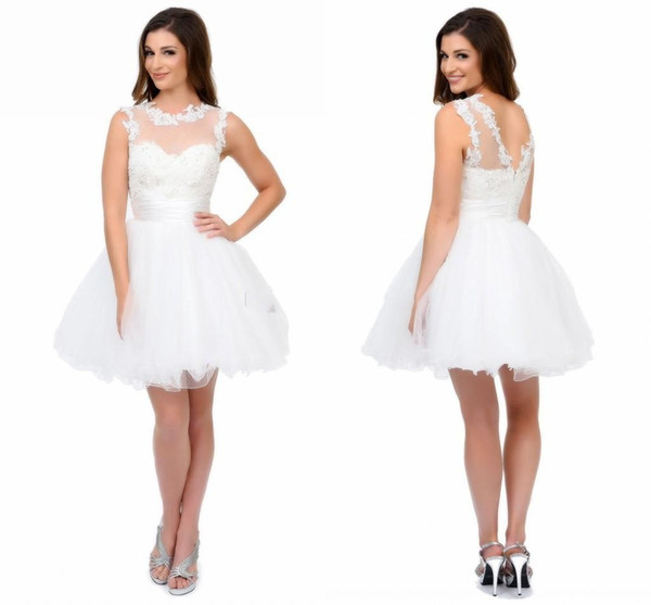 White Short Homecoming Dresses With Sweetheart Sheer Neck And Straps Appliques Tulle Mini Short Party Dress Cute Backless Prom Dresses 86