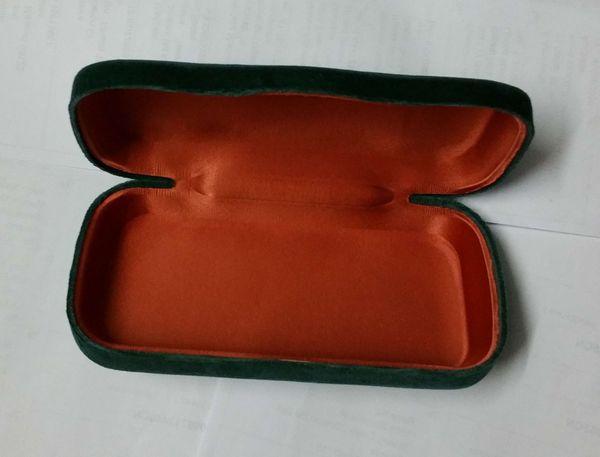 Green Hard Shell Velvet Sonnenbrille Brillen Fall lila Kalk Samt Hard Case Box + Tuch Silk Beutel Nizza neu