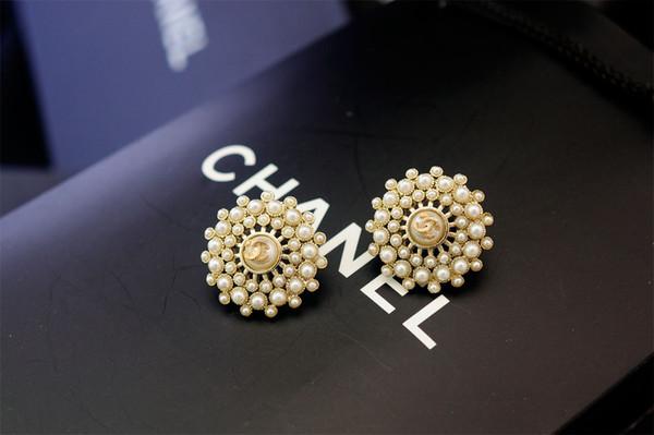 Factory Price 2019 Pearl Diamond Rivets Stud Earrings Fashion Metal Letter Star Long Earrings With Box