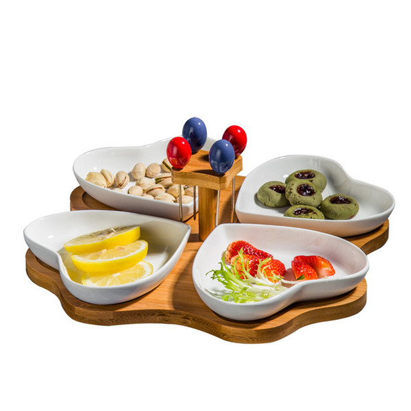 Wooden Base Food Tray Lovely Ceramics Heart Shape Snack Plate Set Separate Dish with Fruit Stick Made Dish Dinnerware