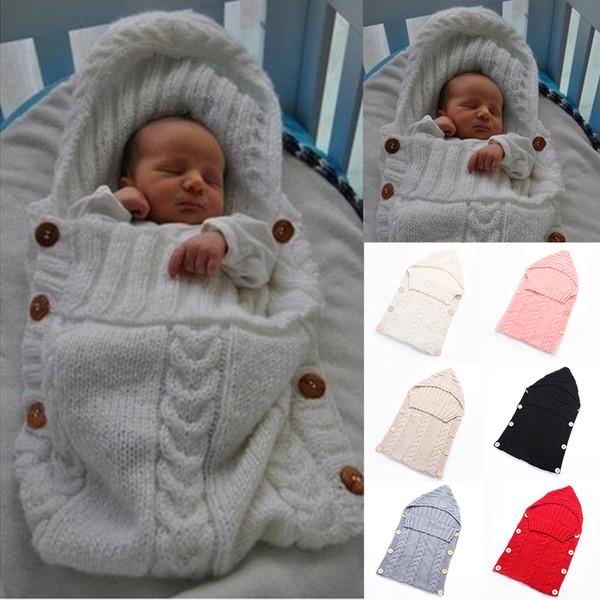 Yenidoğan Toddler Battaniye El Yapımı Bebek Bebekler Uyku Tulumu Örgü Kostüm Tığ Bebek Örme Uyku Tulumu Uyku Çuvalları Düğmesi 7 Renkler