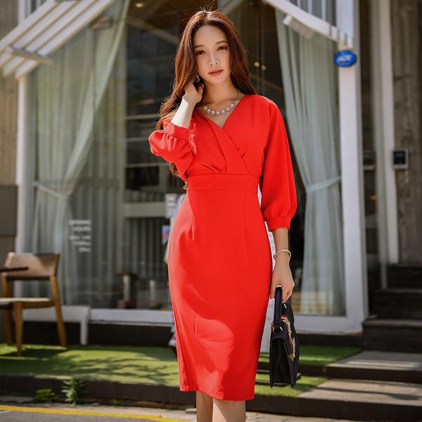 Dabuwawa Women Red V neck Elegant Dress Vestidos Winter New Long Bodycon Midi Dress 2018 Lantem Sleeve Christmas Party Dresses