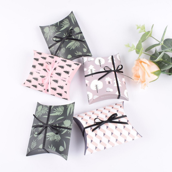 Wedding Favour Favor Bag Sweet Cake Gift Candy Wrap Paper Boxes Bags Anniversary Party Birthday Baby Shower Presents Pillow Box