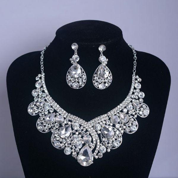 Bridal Wedding Party Crystal Rhinestone Pendant Necklace