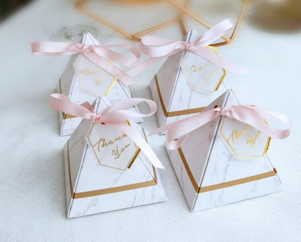 50pcs New Creative Triangular Pyramid Marble style Candy Box Wedding Favors Party Supplies thanks Gift Chocolate Box
