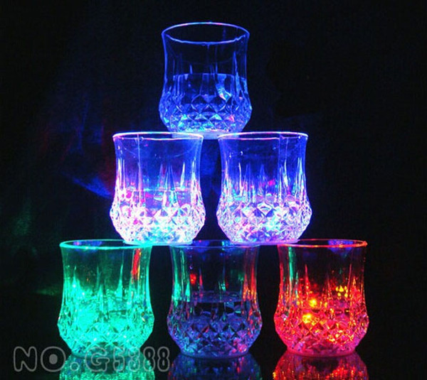 LED colorful flash cups Creative party wine glass light cup led colorful glow pineapple cup water induction color light cups