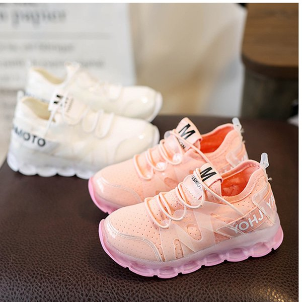 Children's Fashion Sports Shoes Boys Girls Shoes Flashing Light Running Shoes Baby Soft Non-slip New Designer Sneakers