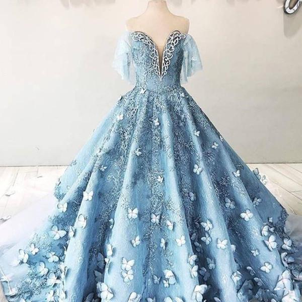 Faszinierende Schmetterling Spitze Brautkleider mit Halbarm weg Schulter-Baby-Himmelblau 3D Blumen Kathedrale Zug Prinzessin Brautkleid