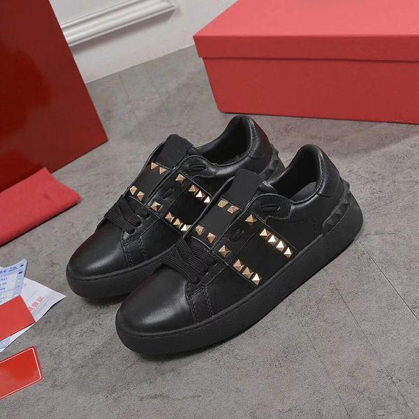 hommes femmes luxe designer rivets baskets hommes marque Rivets Spikes Chaussures à lacets à lacets avec la meilleure qualité 18 couleurs et taille de boîte 36-46
