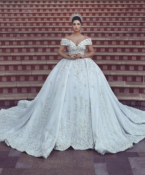 2019 Luxo Sexy Dubai Árabe Lace Vestidos De Casamento Fora Do Ombro Applique Floral 3D Capela Trem Vestido de Noiva Vestidos de Noiva vestido de novia