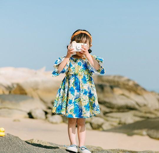 Großhandel Mädchen Blumenkleider Für Mädchen Neues Modell Nette Baby ...