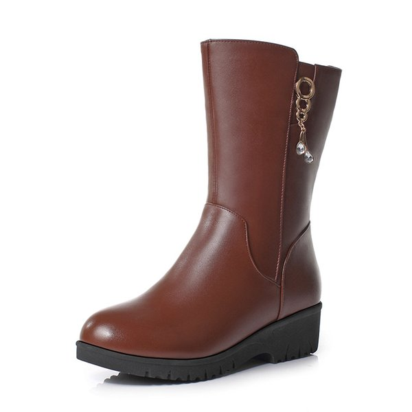 pretty nice 15da6 d0cb8 Acquista 2018 New Winter In Tube Boots Donna Stivali Zeppe Piatte Warm  Comfort Inside Plush / Wool Snow Real Leather Plus Size A $76.84 Dal  Kateperry ...