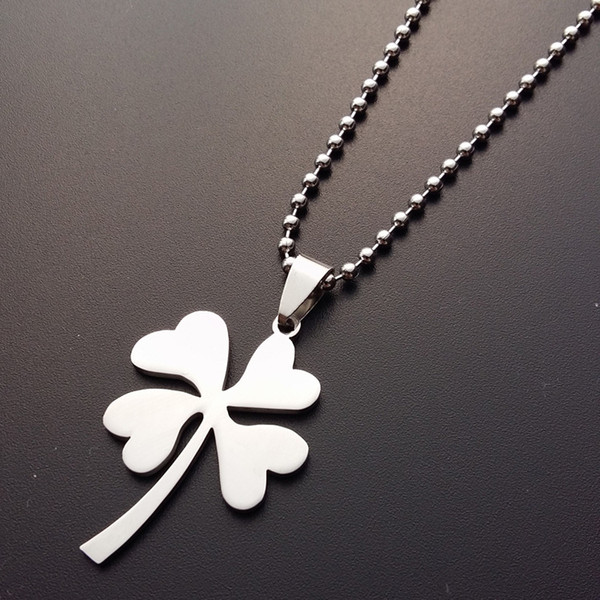 30 Stainless Steel Lucky Clover Charm Pendant Necklace Petal Flowers Lucky Grass Necklace Simple Plant Amulet Clover Clover Necklacel