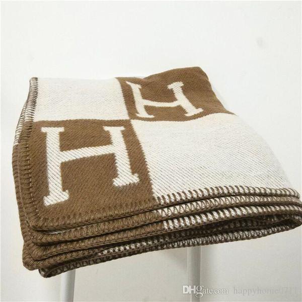 Signature de luxe H Tag épaissir couverture de laine Accueil Foulard en plein air Châle Chaud Chaud Couvert Couvertures Grand 170 * 140 cm Mode Noël Famille cadeau