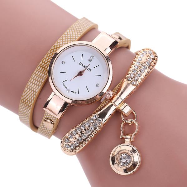 Relojes de las mujeres Moda Casual Pulsera Reloj de Las Mujeres Relogio Cuero Rhinestone Reloj de Cuarzo Analógico Reloj Mujer Montre Femme
