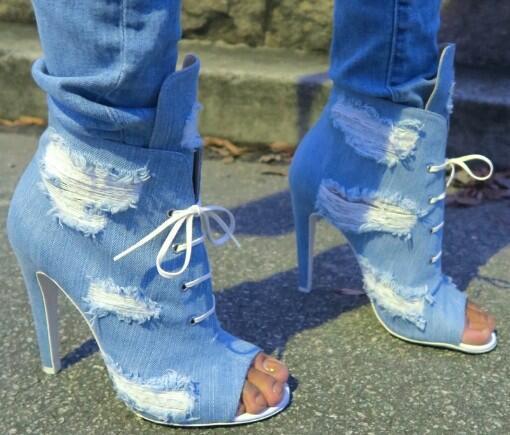 Nuevas mujeres Blue Denim Jeans Peep Toe Lace Up Front Tacón de aguja Short Botines Corta Agujero Botines Zapatos Gladiador Sandalias Booites