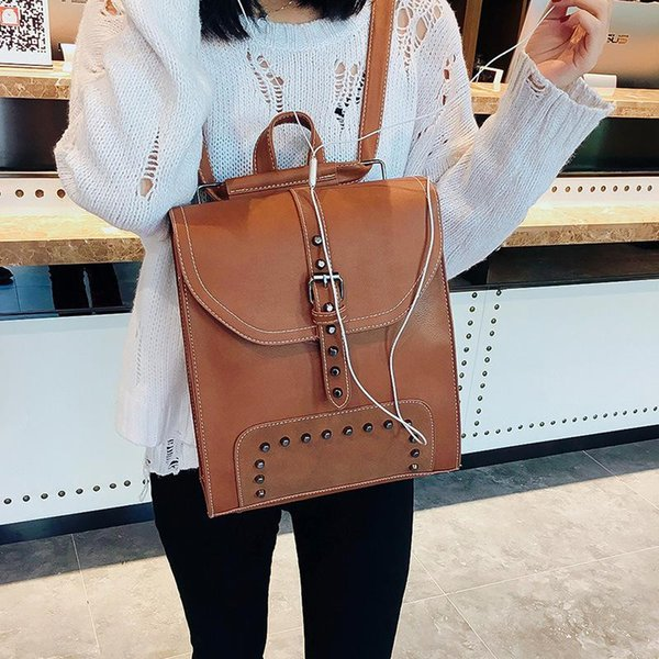 Free Shipping 2018 Hot New Arrival Fashion Women School Bags Hot Punk Style Men Backpack Designer Backpack Pu Leather Lady Bags 3301