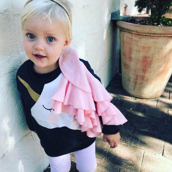 2018 осень соответствия семейная одежда единорог Женские свитера девушки кофты хлопок мать и дочь одежда дети футболки топы бутик